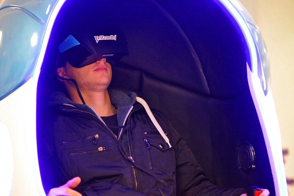 Simulacija virtualnih igara za upoznavanje
