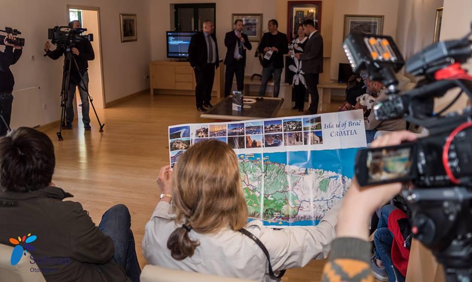 Prezentacija biciklističke karte otoka Brača   Hani Salama / Amalas Studio