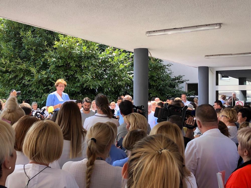 Prosvjed pred splitskom bolnicom