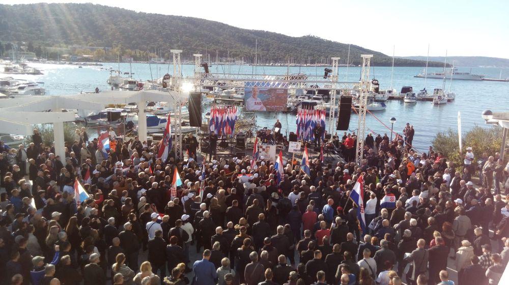 Predizborni skup Miroslava Škore u Splitu | Foto: Veljko Martinović
