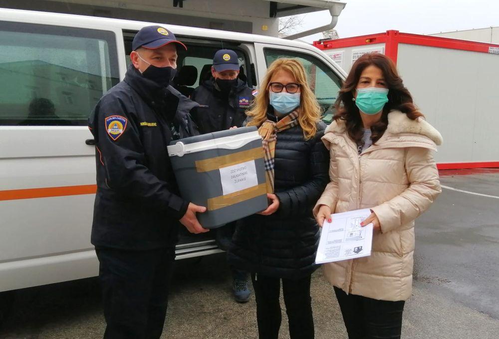Cjepivo stiglo u Split   foto: Veljko Martinović