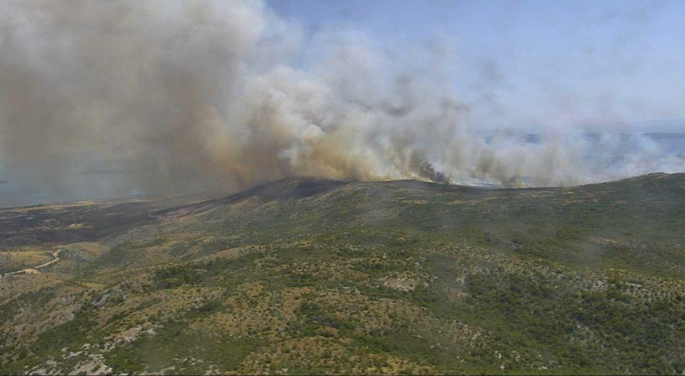 Požar u Segetu