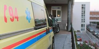 NESREĆA NA ČIOVU Prevrnuli se vozilom na krov, dvoje ozlijeđenih