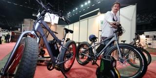 Električnu biciklu napuniš na kućnoj utičnici i voziš 50 kilometara