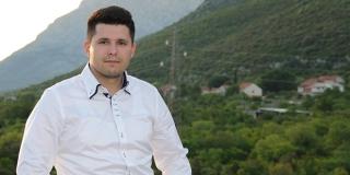 Ante Pranić: Ne želim više vidjeti plastičnu čašu na stolu gradske vijećnice ako možemo kupiti 30 staklenih