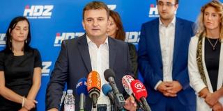 Je li Petar Škorić skrenuo s uma, ili ozbiljno misli vratiti sport politici?