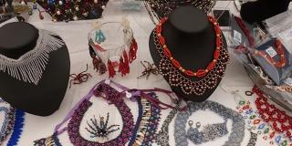 Zadruga Etnoraj - oGrlice: Naš nakit je unikatan i umjetnički, nije trendovski već svevremenski