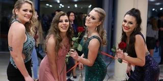 FOTOGALERIJA: Održan maturalni ples V. gimnazije Vladimir Nazor