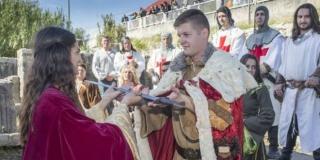 Manifestacija 'Krunom hrvatskih vladara' na Gospinu otoku