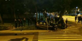 Prometna nesreća kod Kampusa, jedno vozilo izletjelo s kolnika