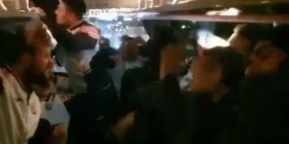 IDEMO DO KRAJA: Pogledajte slavlje hrvatskih rukometaša u autobusu