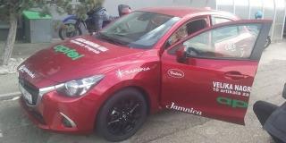 10 ARTIKALA ZA 10 NAGRADA: Dubravka Antunović i Stipe Bartulović osvojili automobile u nagradnoj igri tvrtke Apfel!