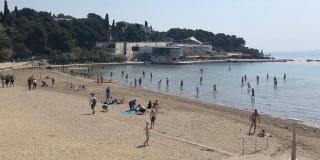 ŽUPANIJA TRAŽI RASKID UGOVORA Bačvice plaža ostaje bez koncesije?