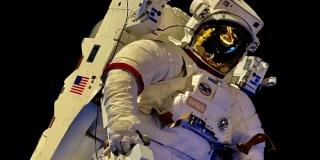 Što ako astronautu u svemiru hitno treba operacija?