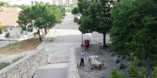 PROŠIRENJE ŠTEKATA? Srušen betonski stol u Ulici Fausta Vrančića gdje su djeca igrala stolni tenis