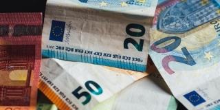 Ministarstvo uprave objavilo koliko je potpisa potrebno za raspisivanje referenduma o euru