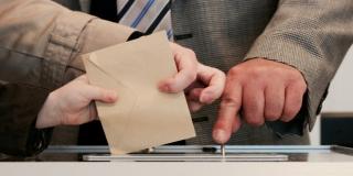 Birališta u Hrvatskoj su otvorena, glasuje se pod posebnim mjerama