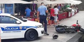 Bježao policiji na motoru u pješačkoj zoni, priveden sucu zbog remećenja reda i mira
