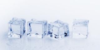 PSIHIJATAR PREPORUČUJE Sisanje kockica leda smirit će tjeskobu