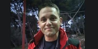 On spašava gdje stigne: Kad nije policajac, Ivan oblači uniformu vatrogasca, poslije toga je u HGSS-u, redovito daruje i krv...