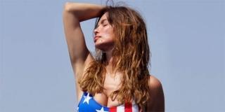 'ŠTETA MELANIJE' Severina pozirala u kupačem kostimu uzorka na američku zastavu