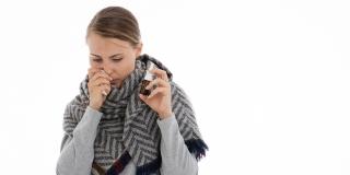 NAPREDAK U LIJEČENJU Sprej za nos koji ubija koronavirus do ljeta bi mogao biti u ljekarnama
