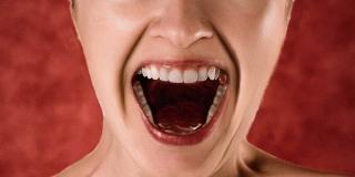 Terapija vrištanjem: Sve dobre i negativne strane ove metode