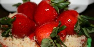 Cheesecake s jagodama postat će vaš omiljeni desert ovog proljeća