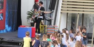 TEATAR UZ MORE Mjuzikl 'Mi o vuku' oduševio mališane, u Split se vraća 4. srpnja