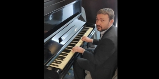 VIDEO Bauk na klaviru odsvirao 'Bella, ciao', čestitavši Dana antifašizma