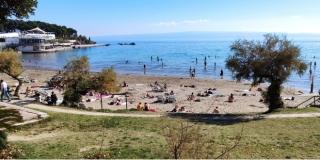 FOTOGALERIJA Na Bačvicama uživaju i Splićani i njihovi gosti