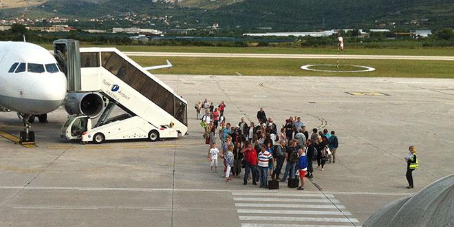 RYANAIR SE VRAĆA U HRVATSKU Ovog tjedna pokreću se linije iz Londona i Dublina prema Splitu, Dubrovniku, Zadru...