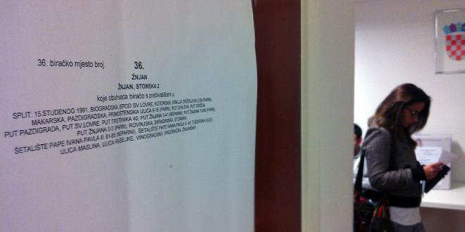 Hrvatska bira predsjednika ili predsjednicu, prvi je glasovao Dario Juričan