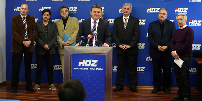 HDZ Split: Dok ministar Dobrović blokira Lećevicu, Karepovac i dalje raste, a gradonačelnik Baldasar šuti!