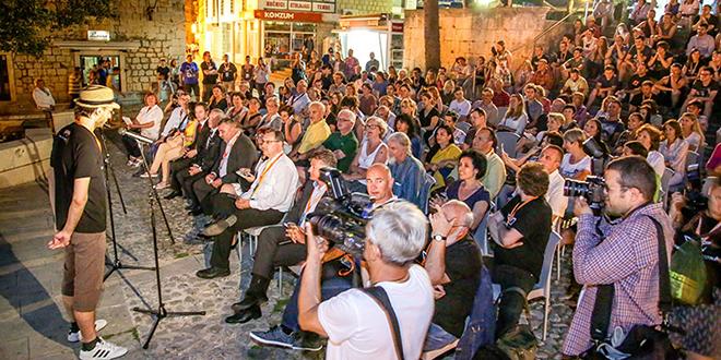 Počeo DokuMA Film Festival u Makarskoj!