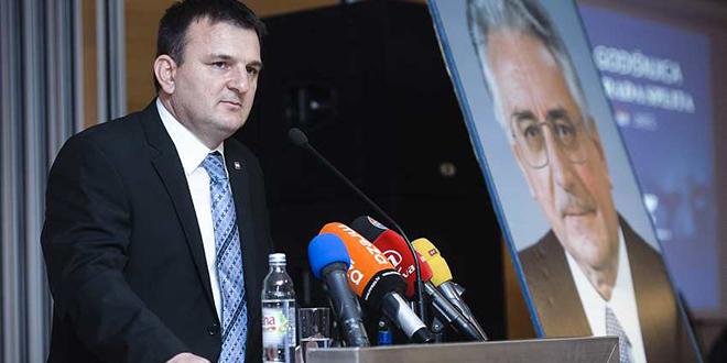 Škorić: Karamarko je napravio moralan čin, a na novim izborima očekujem pobjedu HDZ-a