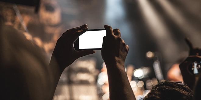 APLIKACIJA KOJA JE IZAZVALA RASPRAVU: Moći će vas fotografirati na ulici i doznati mnogo o vama!