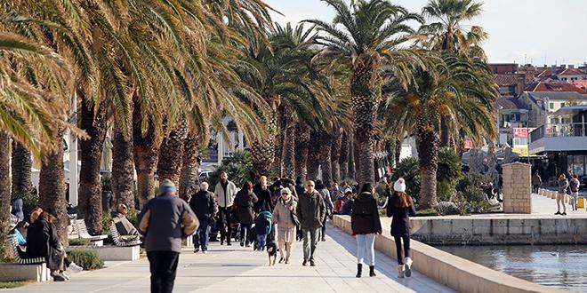 Besplatni prijevoz i pratnja za starije osobe u Splitu, doznajte kako do usluge