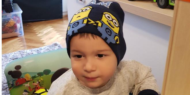 Otac dvogodišnjaka iz Omiša oboljelog od SMA: Skupe terapije treba financirati država, a ne da sirotinja mora skupljati za sirotinju!