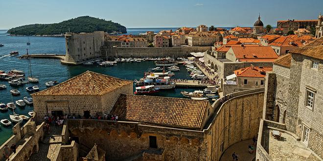 Konobar koji je potjeran iz Dubrovnika zbog tetovaže Delija: 'Ono što se dogodilo smatram dijelom navijačke scene, a ne nacionalizma'