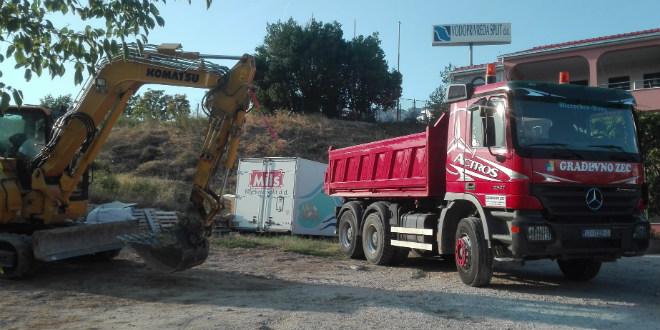Solin: Otvoreni radovi na kanalizacijskim kolektorima i crpnoj stanici