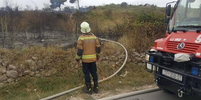 VATRA I BURA: Požar kod City Centera stavljen pod kontrolu