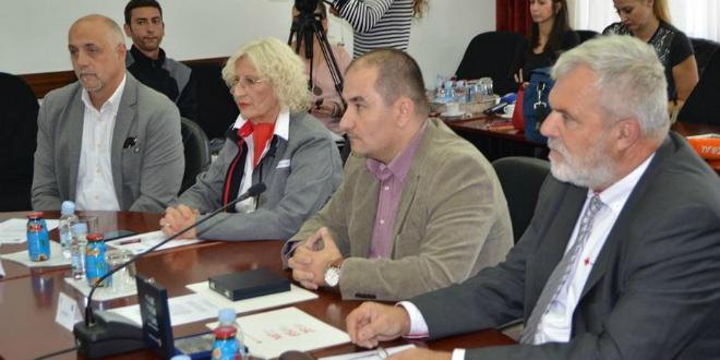 Blaženko Boban uručio županijsku Povelju darovateljima krvi