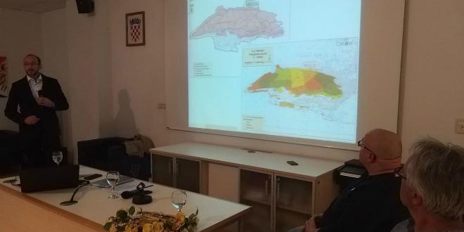 Javna rasprava o Programu gospodarenja park šumom Marjan: Izvođača rešetali pitanjima