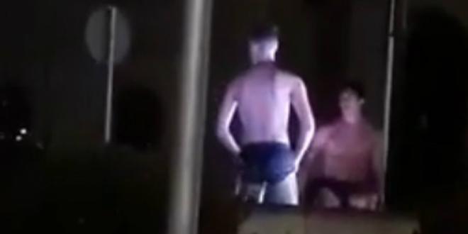 VIDEO Turisti na noćnom kupanju u fontani kod crkve sv. Frane