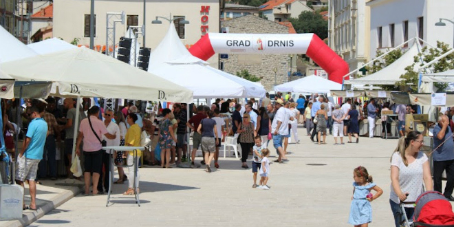 FESTIVAL PRŠUTA Najbolji domaći proizvodi u petak i subotu bit će u Drnišu