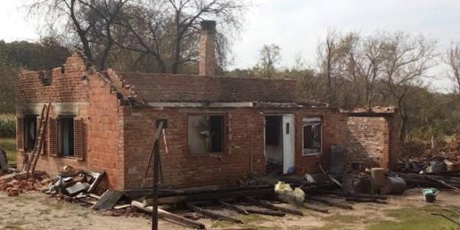 VATROGASCI ZA VATROGASCA Pomažu kolegi kojem je dom progutala vatra