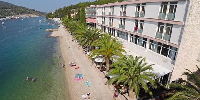 Prestanak iznenadnog onečišćenja mora na plaži hotela Posejdon