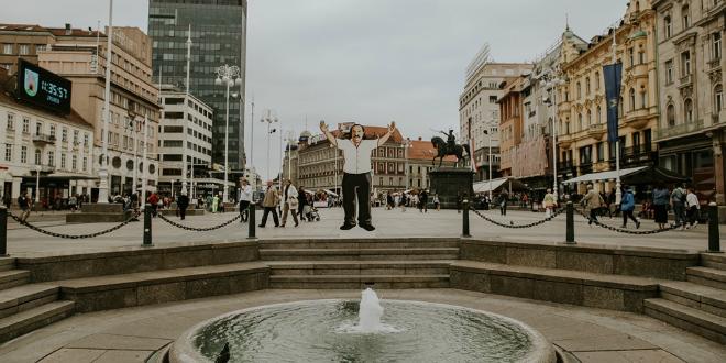 FOTOGALERIJA Mišo od 3 metra na Trgu bana Jelačića
