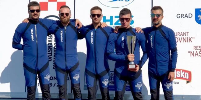 Sinjski padobranci prvaci Hrvatske u skokovima na cilj